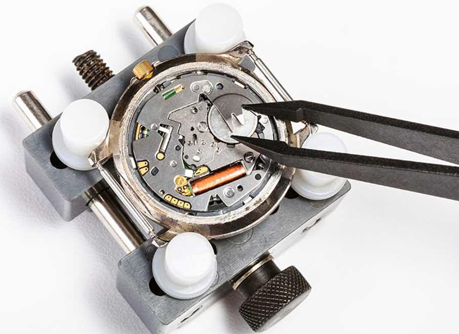 Uhrenreparaturen aus der zertifizierten Meisterwerkstatt